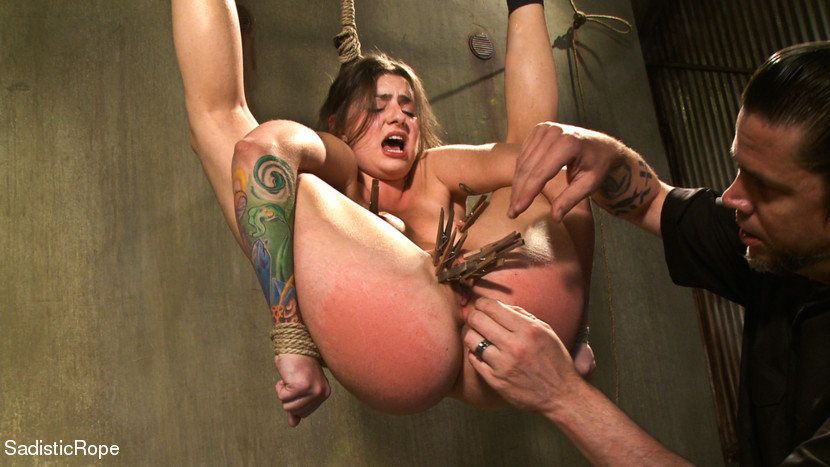 Sweet gloryhole latex pawgs