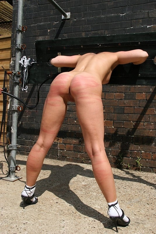 bdsm crunchboy Webcam outdoor