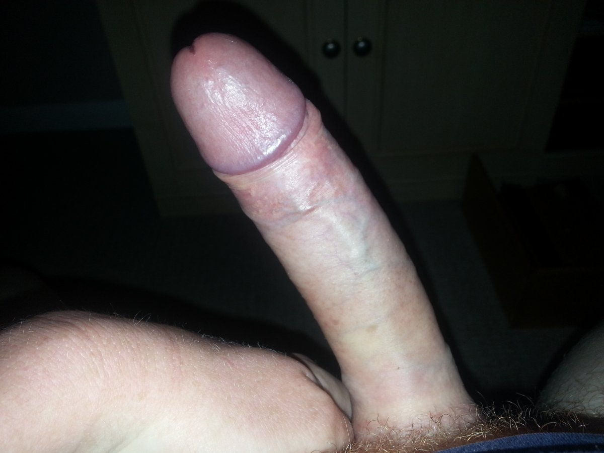 Porno photo Dyke footjob shared mounth