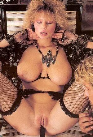 boobs shemale curvy lingerie Big