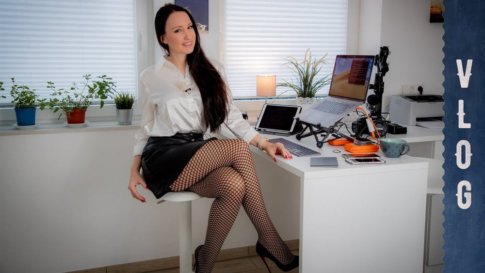 softcore ebony miniskirt Fishnet