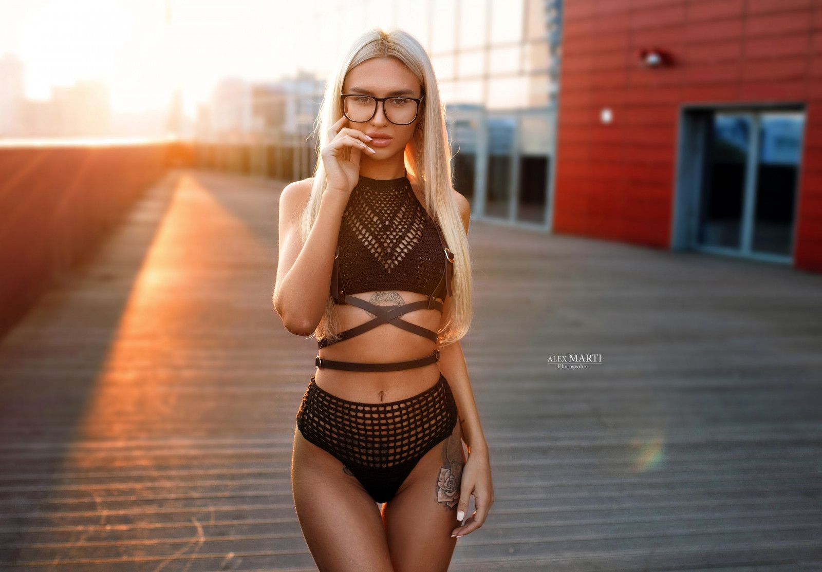 woman Belly blonde outdoor