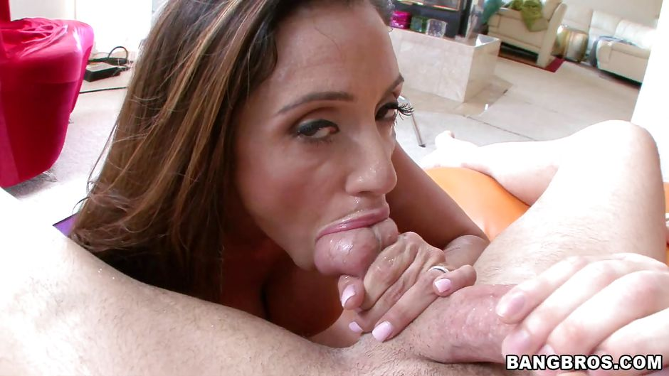 Leonti recommend Freckles double penetration model big boobs