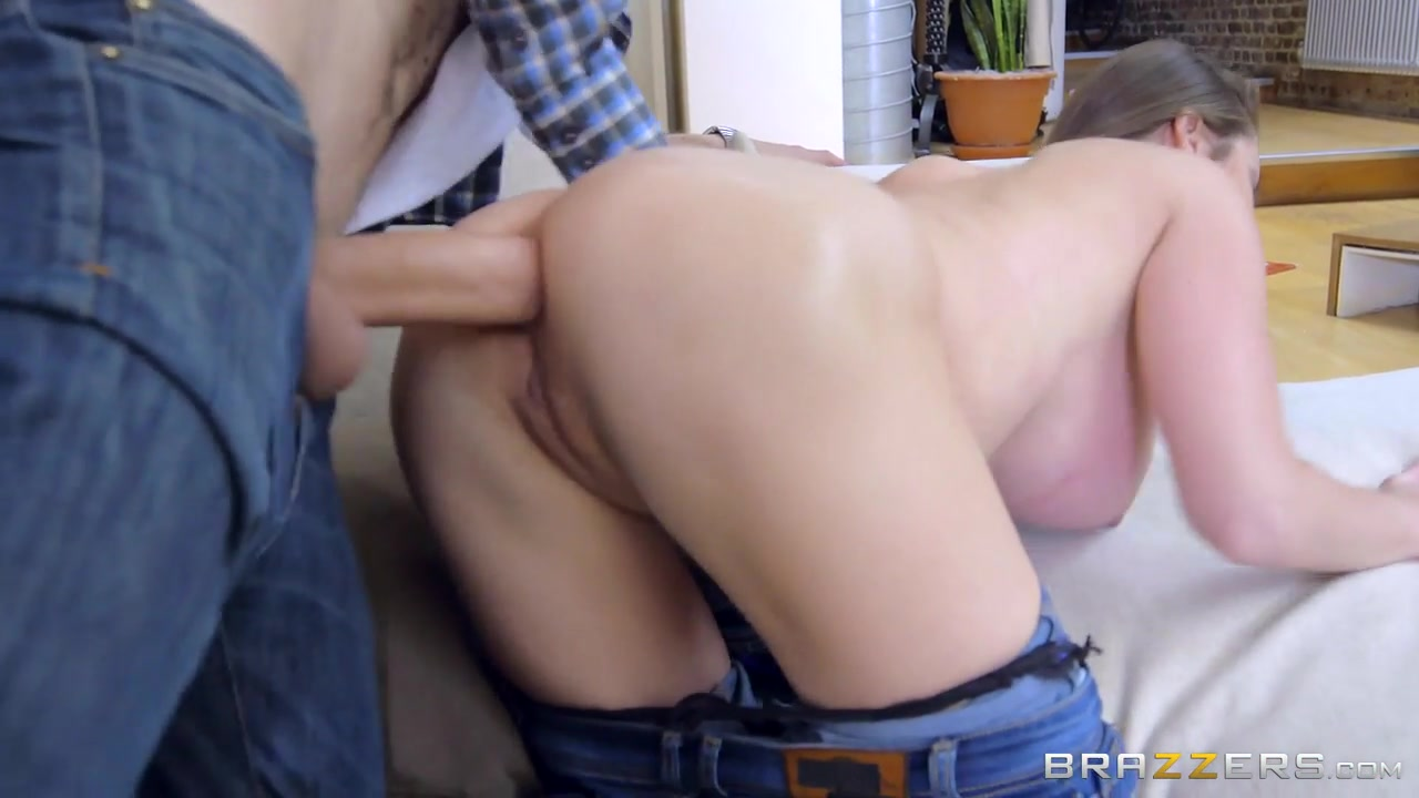 Pegging school girl tribbing