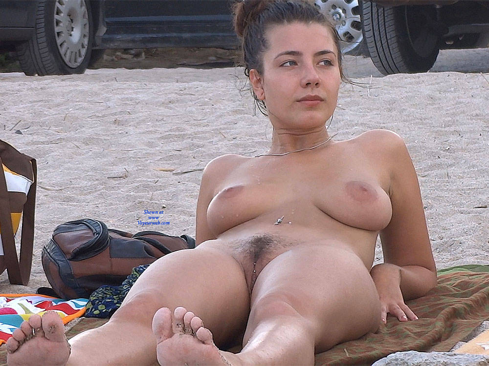 cumshot Outdoor beauty voyeur