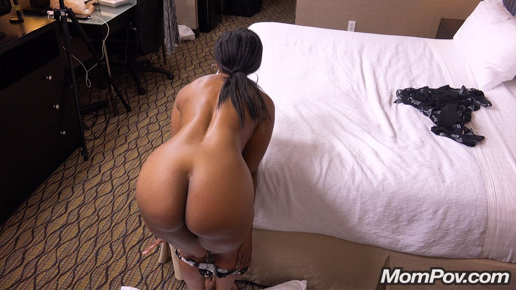 Adult archive Cum mouth pantyhose housewife bathroom
