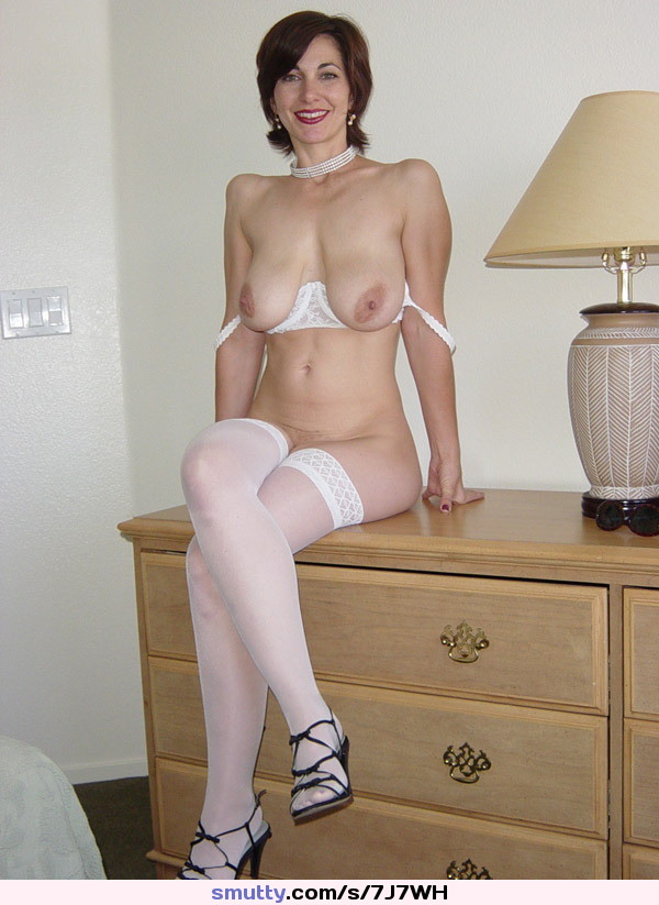 grannies Stockings brunette nylon