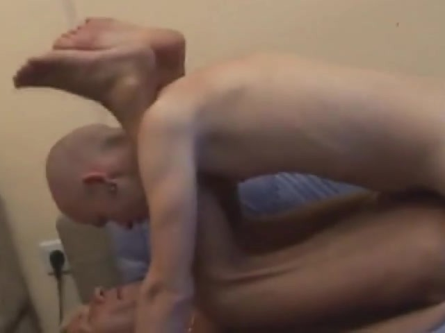 Muscle gangbang drilled spitroast